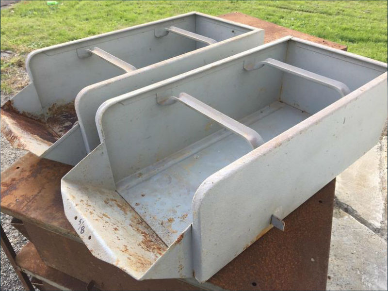 How to Remove Rust Stains From a Plastic Tub - Rusty Tubs