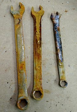 tools with rust damage